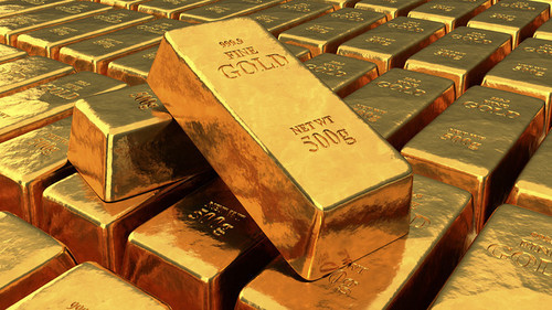 Gold prices edge lower in Asia