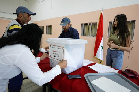 Syrians go to the polls in election that Assad is set to win