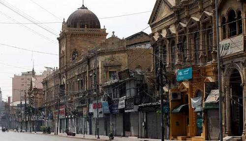 Sindh decides to extend business hours till 8pm from June 7