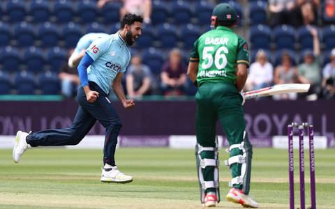 Five ODI debuts for Covid-hit England in Pakistan opener