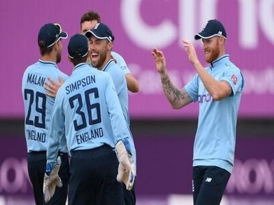 England thrash Pakistan in 1st ODI