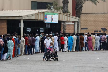 Pakistan's Covid positivity rate crosses 9%