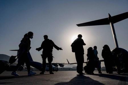 کابل ایئرپورٹ کے قریب یقینی خطرہ، امریکا کا اپنے شہریوں کو علاقہ چھوڑنے کا حکم