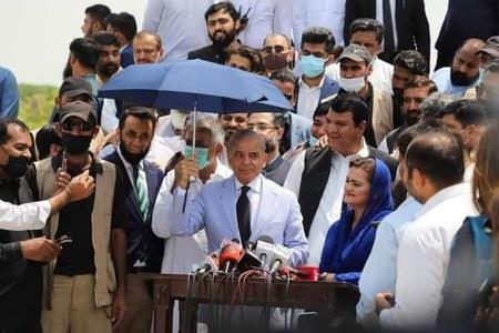 Shehbaz's proposal of national gov't stirs debate