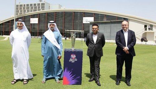 آئی سی سی ٹی 20 ورلڈکپ 2021 ٹرافی کی دبئی  میں رونمائی
