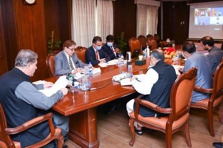 FM urges world to help prevent economic meltdown in Afghanistan