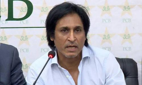 شائقین کا احتجاج، رمیز راجا سے ورلڈ کپ اسکواڈ میں تبدیلیوں کا مطالبہ