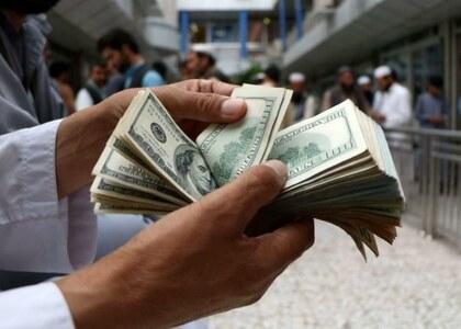 ڈالر کی اسمگلنگ روکنے کے لیے اسٹیٹ بینک کا بڑا فیصلہ