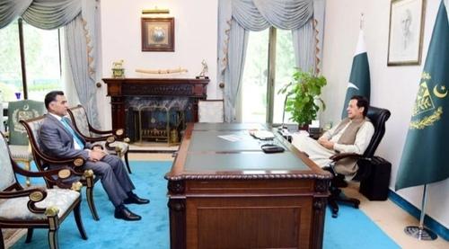 وزیراعظم سے لیفٹیننٹ جنرل فیض حمید کی ملاقات، بطور ڈی جی آئی ایس آئی خدمات کو سراہا