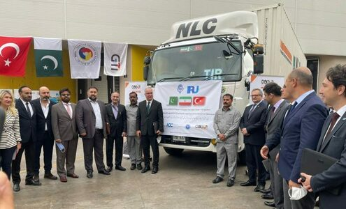 Trucks carrying commercial cargo from Karachi reaches Istanbul