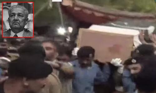 محسن پاکستان ڈاکٹر عبدالقدیر خان کی نماز جنازہ ادا کردی گئی
