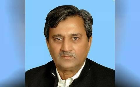 مسلم لیگ (ن) کے سینئر رہنماء پرویز ملک کو سپرد خاک کردیا گیا