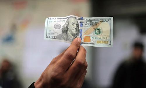 انٹر بینک: ڈالر تاریخ کی نئی بلند ترین سطح 173 روپے پر پہنچ گیا