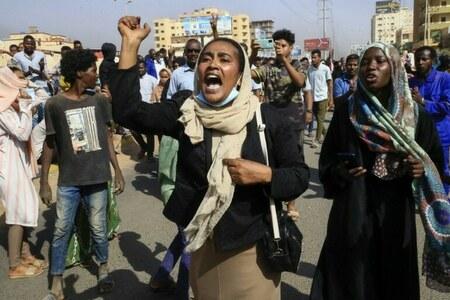 سوڈان میں ملٹری بغاوت، عوام سڑکوں پر