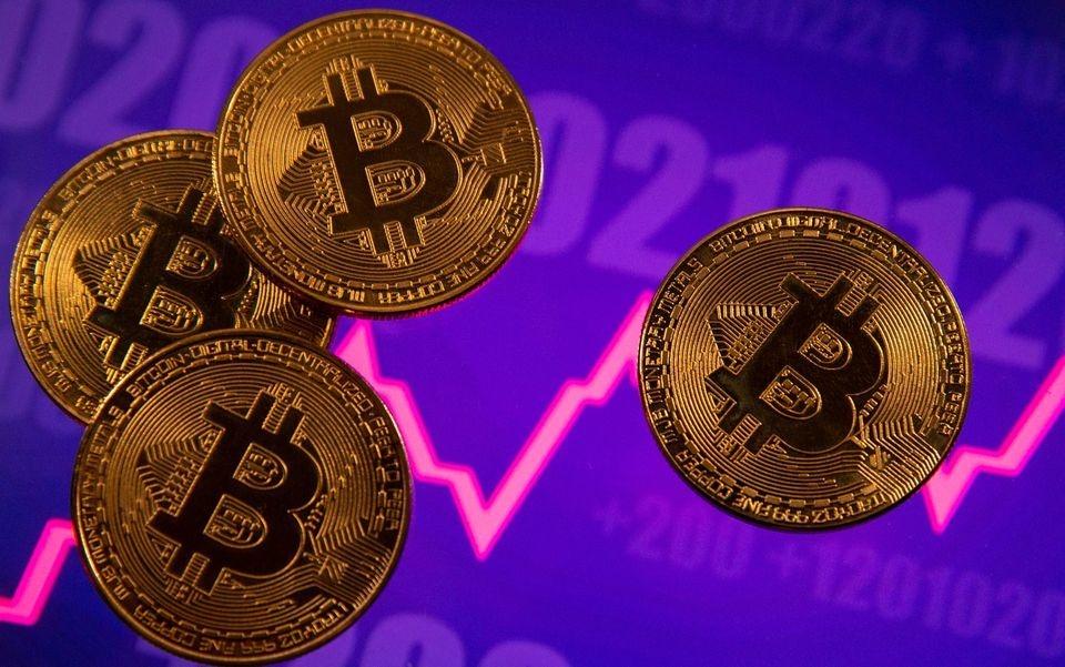 Turkey bans crypto payments citing risks, hits Bitcoin price