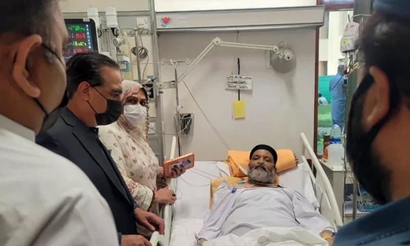 وفاقی حکومت نے عمر شریف کے علاج کے لیے میڈیکل بورڈ تشکیل دے دیا