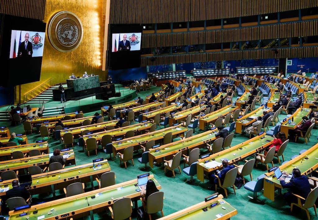 Taliban names Afghan U.N. envoy, asks to speak to world leaders