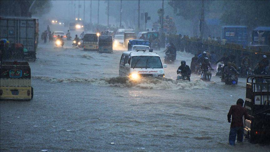کراچی میں آج سے موسلادھار بارشوں کا آغاز، متعلقہ اداروں کو الرٹ رہنے کی ہدایت