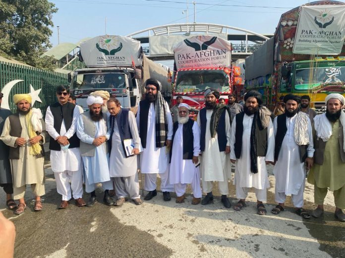 Pakistan delivers humanitarian assistance to Afghanistan