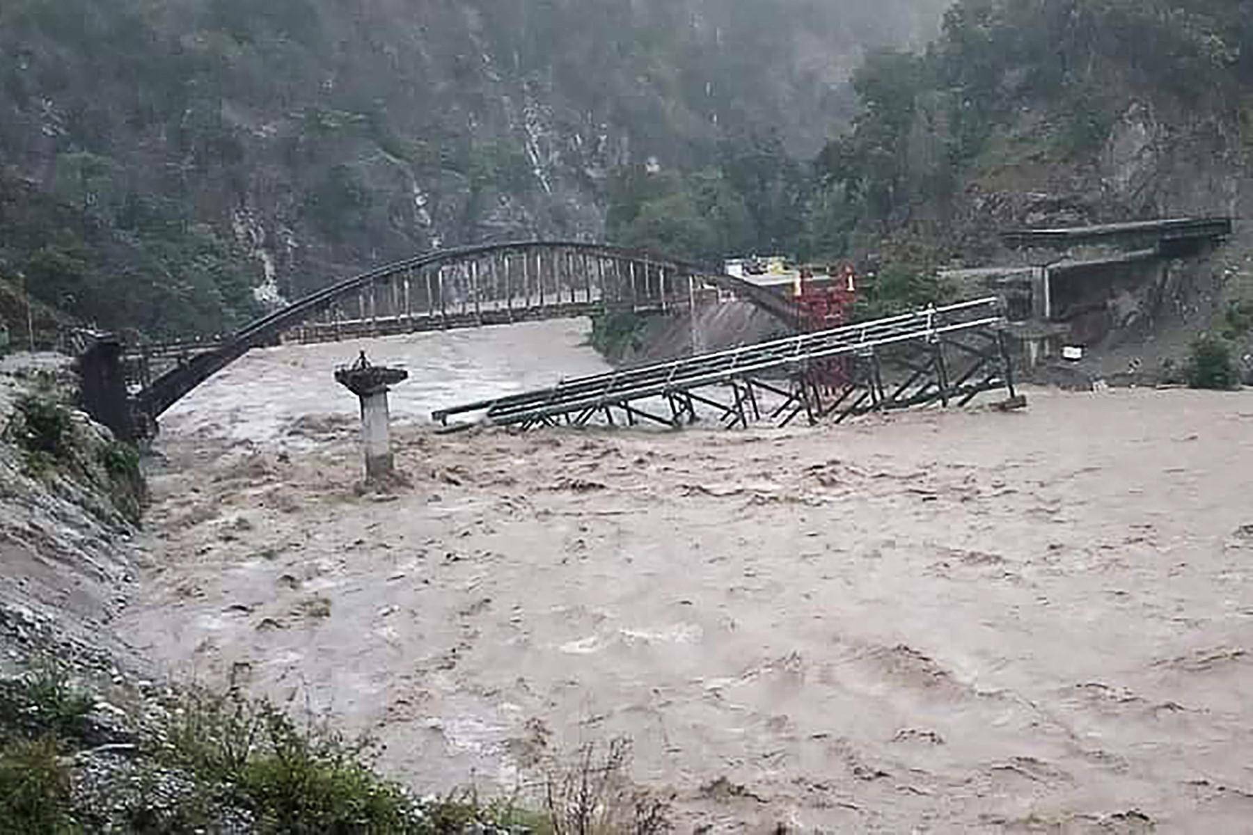 At least 41 dead as heavy rains batter northern India