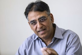 NCOC finalises coronavirus vaccine procurement recommendations, says Asad Umar