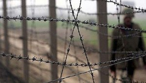 Pakistan, India agree on strictly observing LoC ceasefire: ISPR