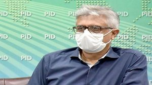 Dr. Faisal appeals people to comply with SOPs to avert spread of COVID-19
