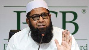 سابق ٹیسٹ کرکٹر انضمام الحق دل کی  تکلیف کے باعث اسپتال منتقل